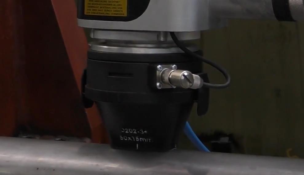 溶接とマーキングがワンプロセスに!レーザーマーカーの新技術